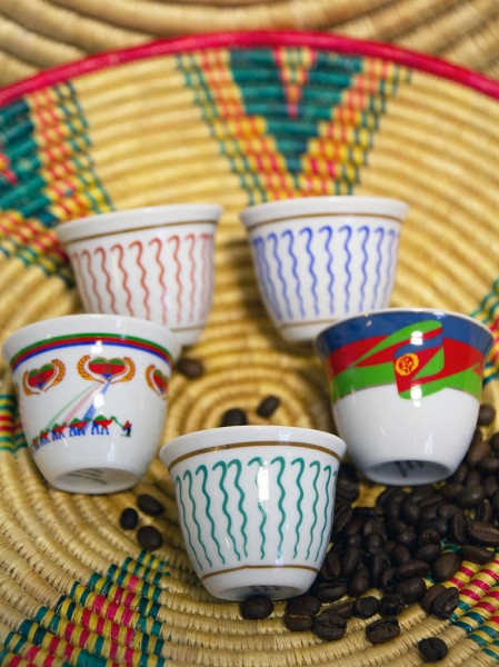 Porzellantassen eritreisches Design